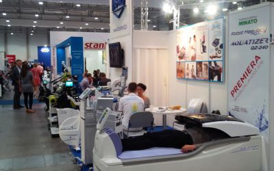 Premiéra moderního robota Aquatizer QZ-240 Mezinárodní veletrh fyzikální medicíny a rehabilitace Lodž